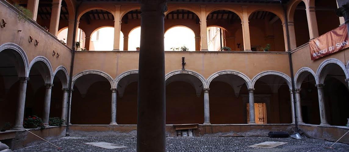 Chiostro in San Lauro